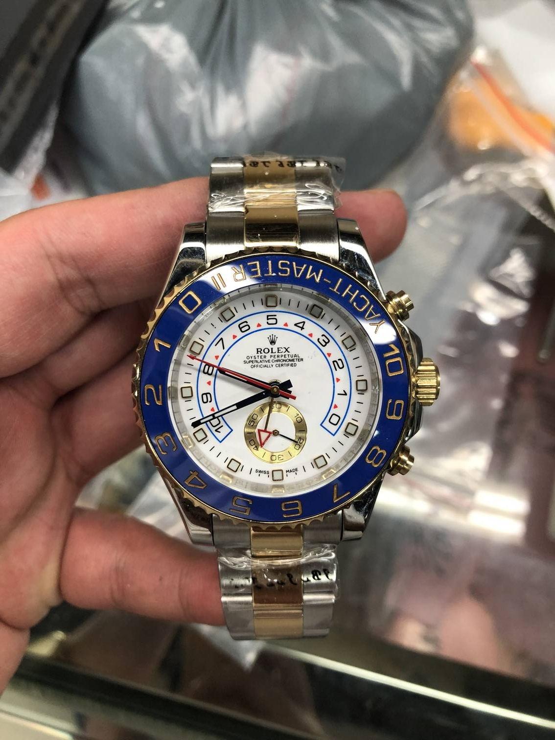 12e08668c7 All das ist ziemlich offensichtlich; wie jeder, der sich ernsthaft mit dem  Sammeln von Vintage-Uhren beschäftigt, wahrscheinlich weiß, war die PNPND  ein ...